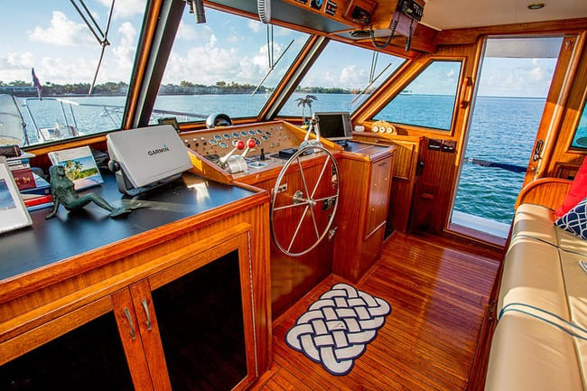 Lauderdale boat Charter