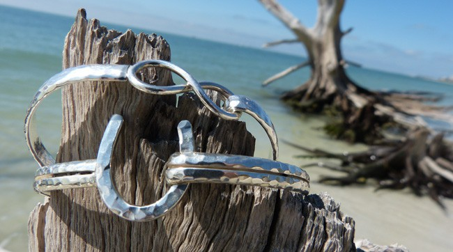 Mermaid-braclet-beach-1