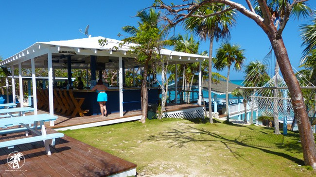 Sandy Toes Beach Bar Rose Island