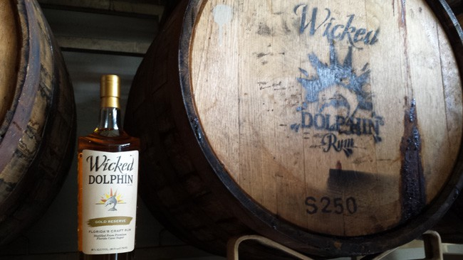 Wicked Dolphin Rum Gold Reserve
