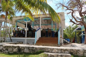Sandy Toes Beach Bar