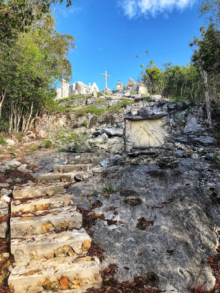 Como Hill, The Hermitage, Mount Alvernia, Cat Island, Bahamas