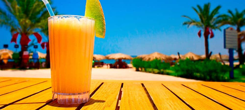 Reef Wreck rum drink recipe
